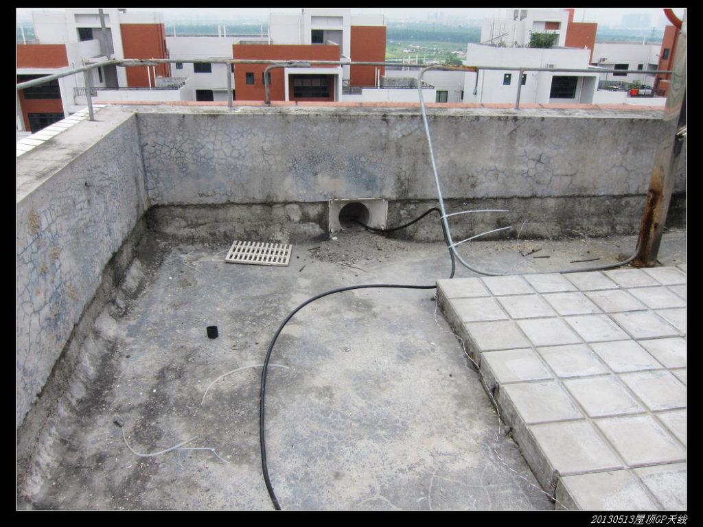 20130513穷人穷玩 之 屋顶GP天线13 1024x768 - 20130513穷人穷玩 之 屋顶GP天线